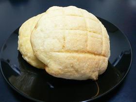 白神でメロンパン