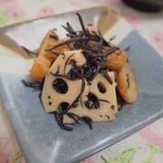 レンチンで♪ひじきとレンコンの甘辛煮の写真