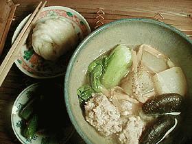 キッチン・ダッチャーへの道 ~呉越同舟・冬瓜と醤肉団子のアジアンスープ~