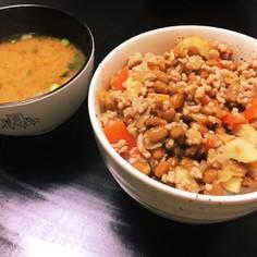 超簡単✩つゆだけで作る納豆とひき肉丼