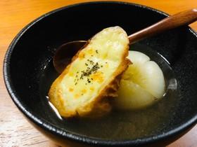 まるごと新玉ねぎのオニオングラタンスープ