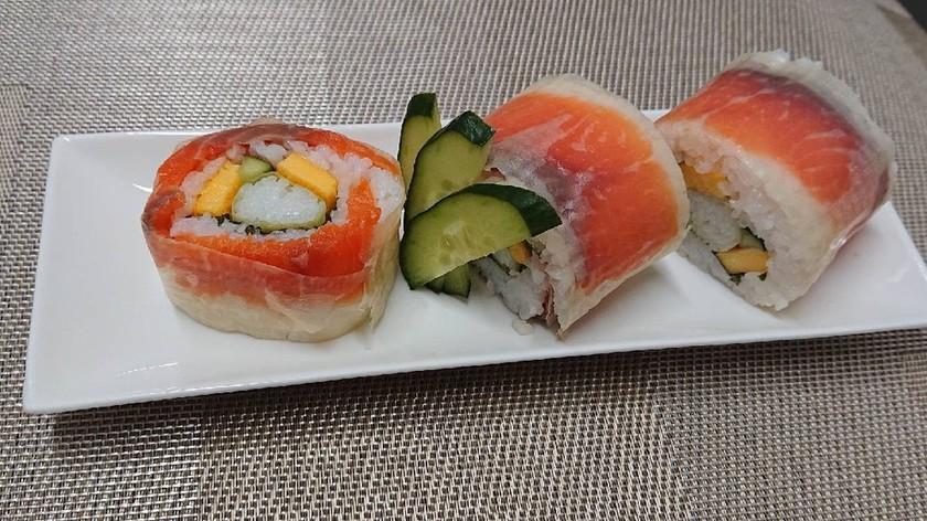 簡単!子供も喜ぶサーモン巻き寿司