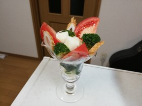 長芋と野菜のパフェ