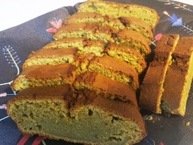 HMと抹茶プリン おからパウダーのケーキ