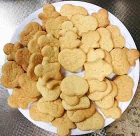 ホットケーキミックスで作る型抜きクッキー