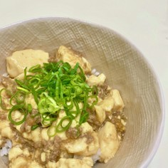 豆腐とひき肉丼