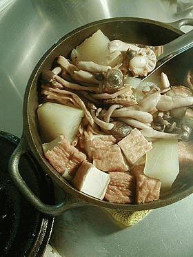 キッチン・ダッチャーへの道 ~冬瓜の具だくさんスープ煮~