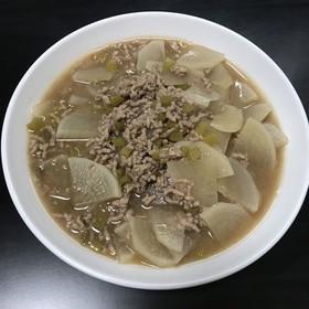 生姜焼きのたれで 大根とひき肉のとろ煮