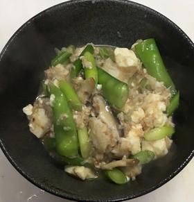 白身魚と豆腐とにんにくの芽の沙茶醤炒め