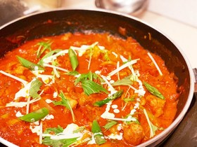 鶏とアスパラのトマトクリーム煮