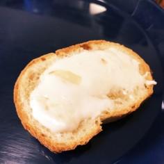 マリームホイップはちみつトースト