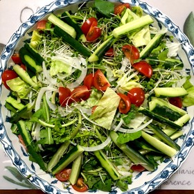 レタスとルッコラのサラダ