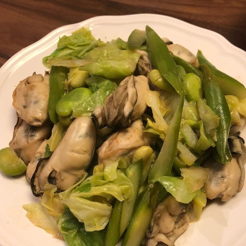 そら豆、春野菜と牡蠣の洋風炒め♪