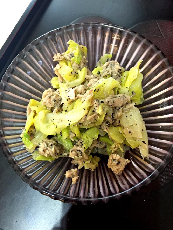 【糖質制限】茹でキャベツの簡単ツナサラダ