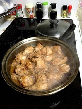 鳥アドボの甘酢煮込み