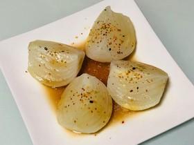 新玉葱のレンジ蒸し七味めんつゆバター