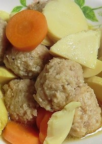 生姜たっぷりとり肉団子とたけのこの煮物