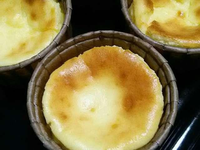 バスク風カップチーズケーキ