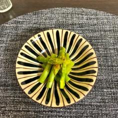 簡単副菜。和えるアスパラ