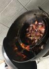 アウトドア 鶏肉の赤ワイン煮込み