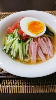そうめんで簡単 韓国風冷麺の写真