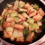 チンゲンサイと厚揚げのピリ辛炒めの写真