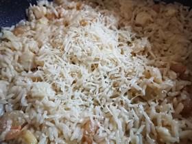 ペコリーノチーズのシーフードリゾット