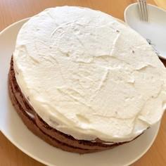 ふわふわココアスポンジのネイキッドケーキ