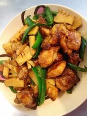 筍とピーマン鶏胸肉のチンジャオロース風の写真