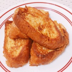 アーモンド効果でバゲットフレンチトースト