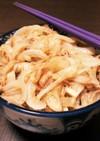 ガリバタ醤油のオニオンツナ丼