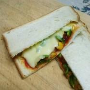 簡単ピザトースト風サンドイッチ☆お弁当も