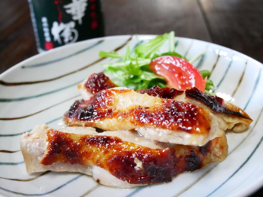 鶏モモ肉の醴塩漬け焼き