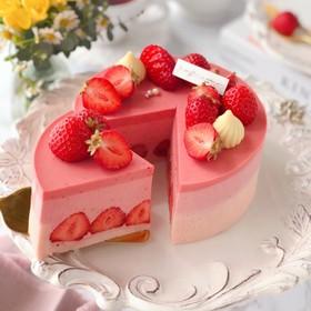 いちご感たっぷりチーズムースケーキ♡