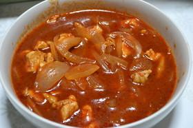 お手軽簡単鶏むね肉のトマトソース煮込み