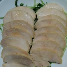 鶏ハムの成形
