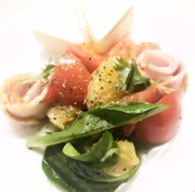 大好き グレープフルーツとトマトのサラダの写真