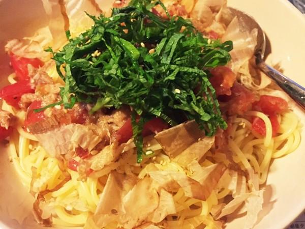 トマトとツナの和風冷製パスタ