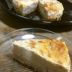 イチゴとヨーグルトのベイクドチーズケーキ