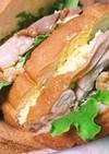 照り焼きチキンと卵のサンドイッチ