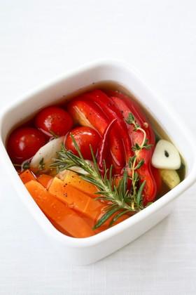 ハーブとスパイスで簡単【野菜ピクルス】