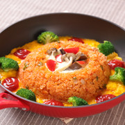 秋野菜のオープンオムライスの写真