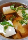 ウコギ 湯豆腐・簡単で美味しいっ!!