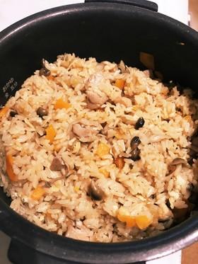 【3合】超簡単なのに美味しい炊き込みご飯
