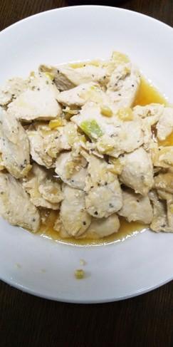 下味冷凍・鶏胸肉の薬味ヨーグルト漬け