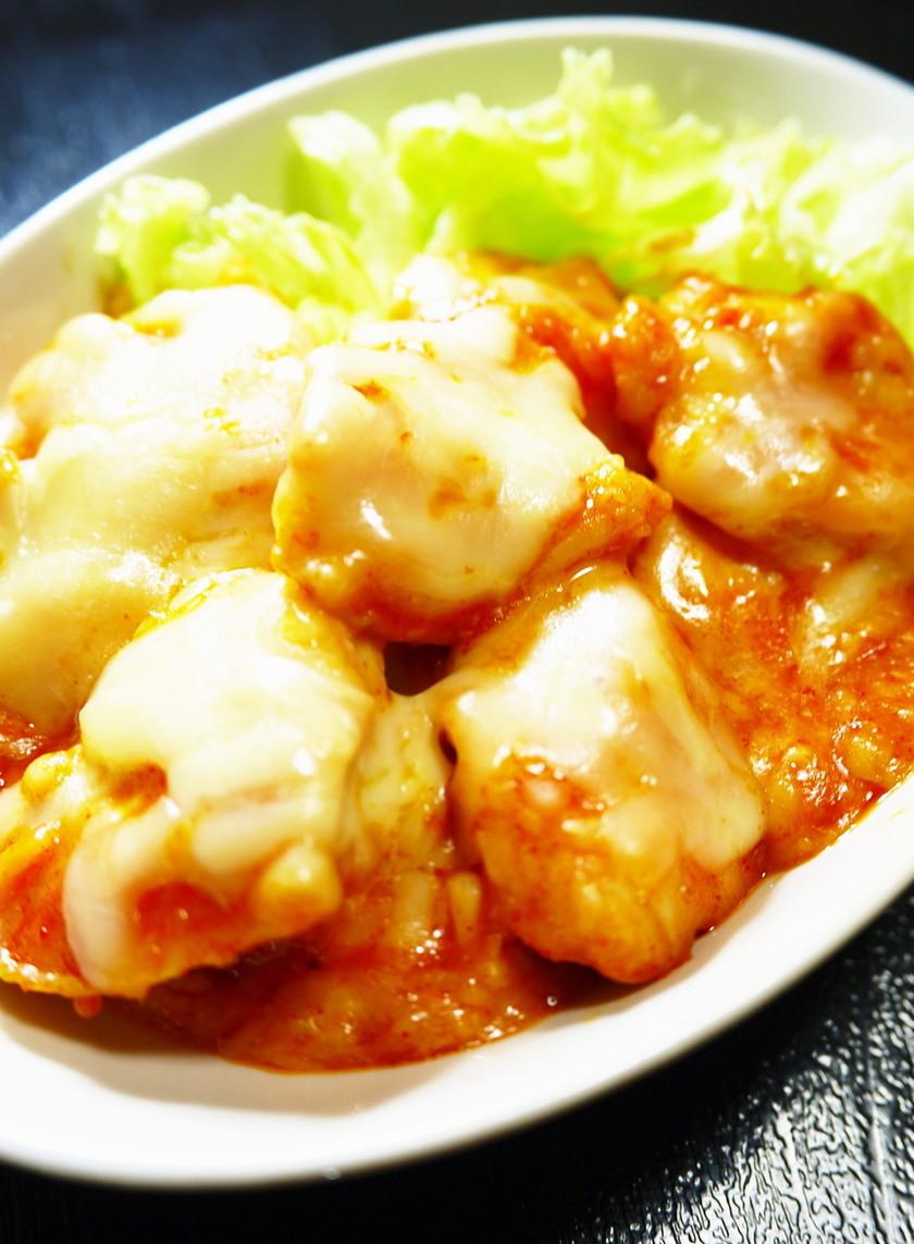 鶏むね肉が柔らかい!チーズタッカルビ焼き