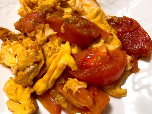 オイスターソースで簡単☆トマトの玉子炒め