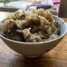 シンプル☆塩昆布と梅干しの炊き込みご飯