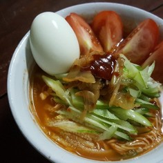 低カロリーでダイエットの味方ピリ辛素麺