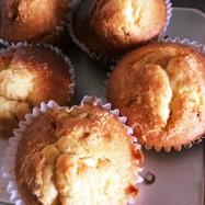 ココナッツオイルとパインのカップケーキ